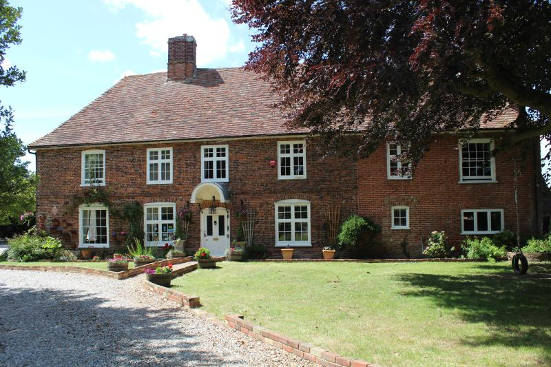 Molland Self Catering, vacation rental in Stourmouth