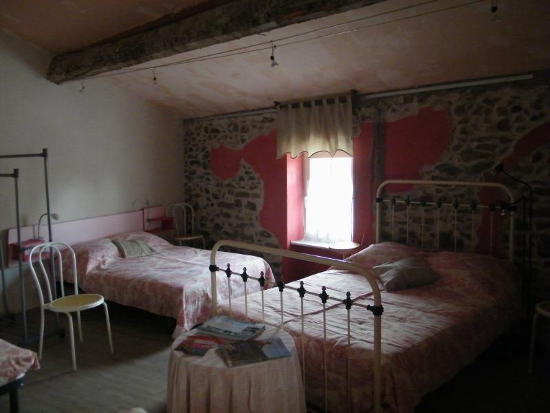 Chambre avec lits double, ou simple pour 8 couchages maximum