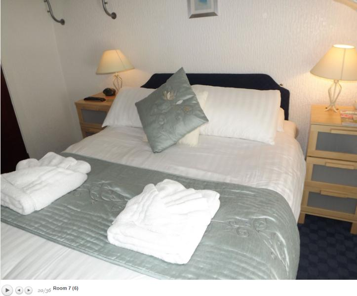 The Strathdon B&B - Standard Double Room 7, holiday rental in Blackpool
