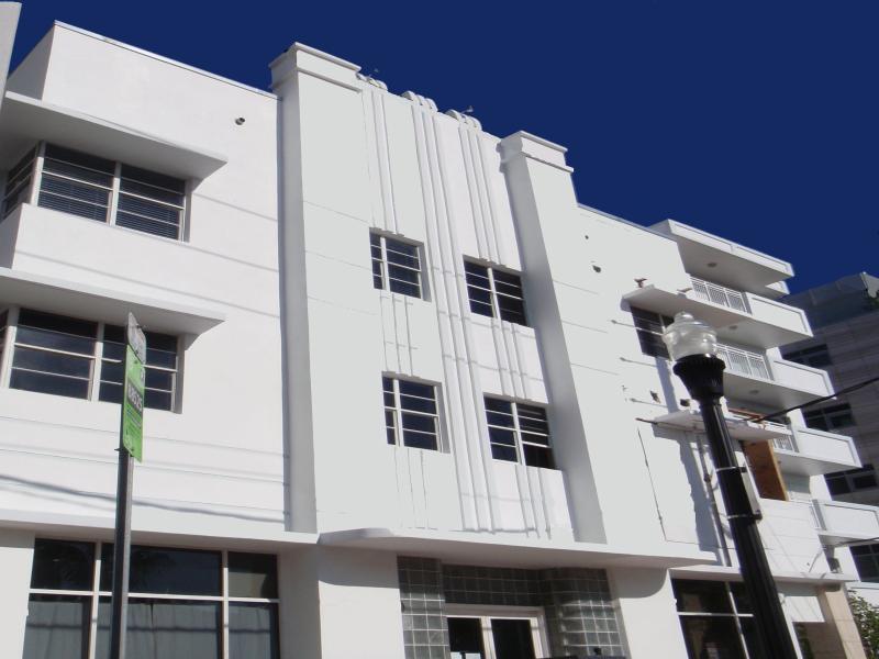 Art Deco Building. (( Front undergoing renovation)).