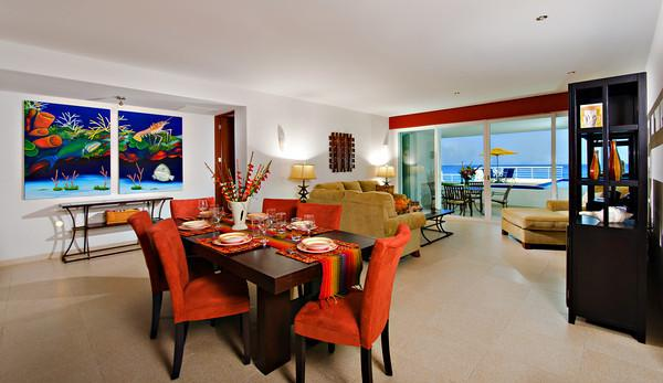 Nah ha#101, Stunning Oceanfront 3 bdrm condo, North Shore, Great Snorkeling!, vacation rental in Cozumel