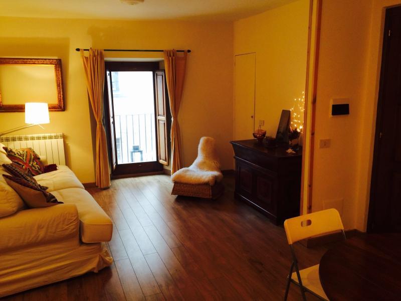 Appartamento Centro Storico Rivisondoli, casa vacanza a Castel di Sangro