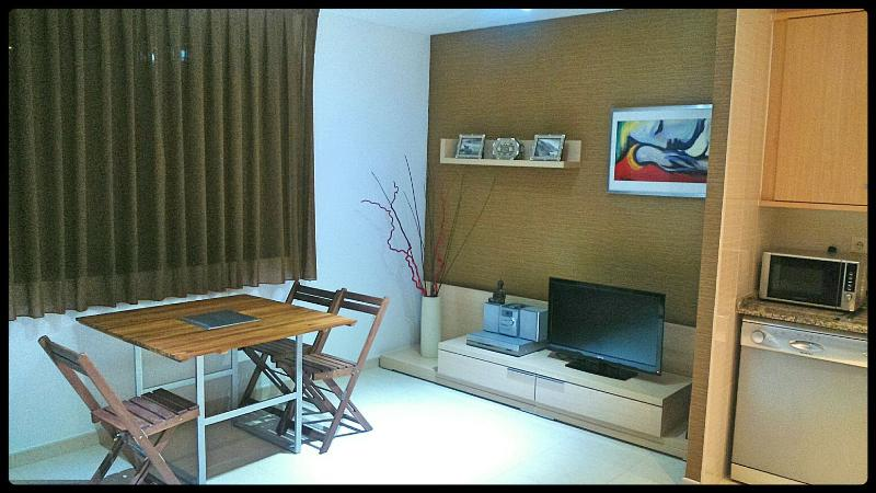 Apartamento en Miami Playa a 40 metros de la playa, location de vacances à Miami Platja