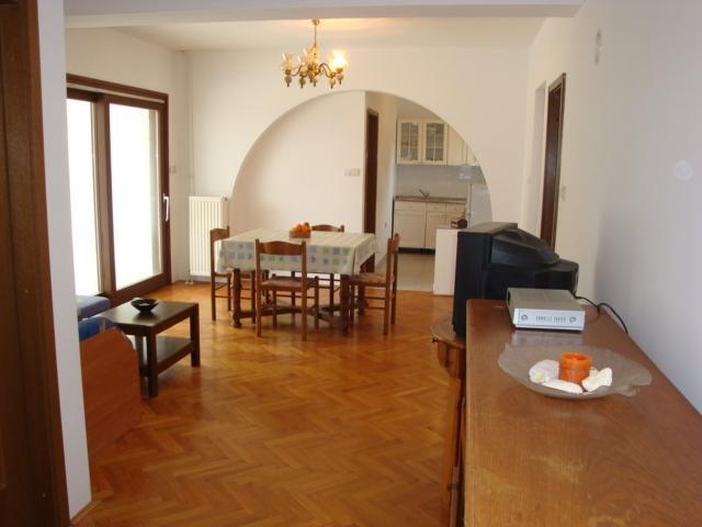 A5 Apartment 4+1, Villa Agata Pula, vacation rental in Banjole