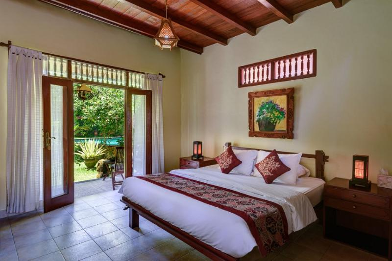2-BR Duplex surrounded green garden and outdoor large pool, holiday rental in Lodtunduh