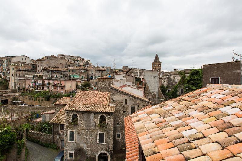 Apartamento de 82 m2 de 2 habitaciones en Tivoli, holiday rental in Guidonia Montecelio