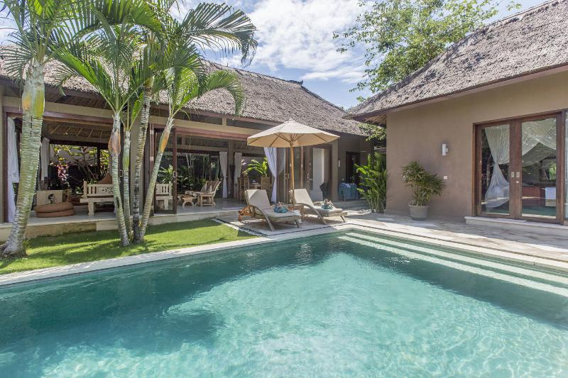 Canggu's Best -  Teman Desa Villa Dua: Luxury 3 Brm, location de vacances à Canggu