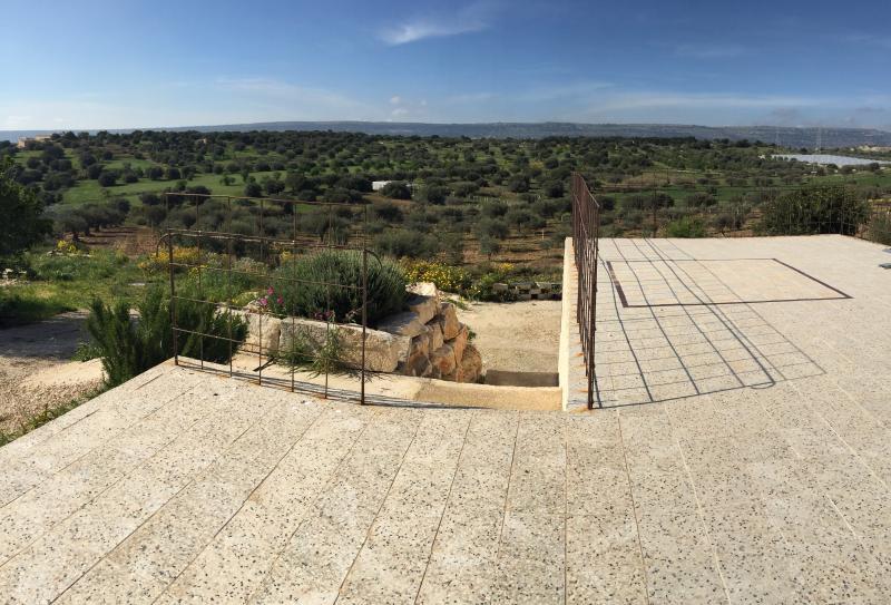 La terrazza sugli ulivi - monolocale La moresca, alquiler de vacaciones en Scicli