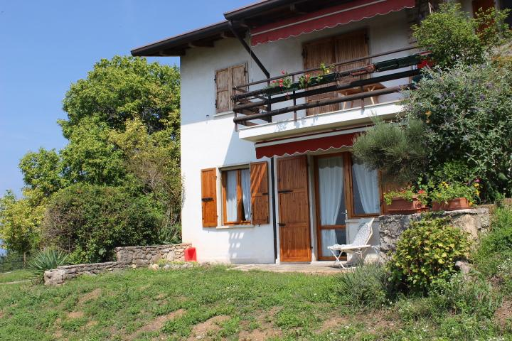 Beautiful Appatement  Bella Vista 4 Pers., vacation rental in San Zeno di Montagna