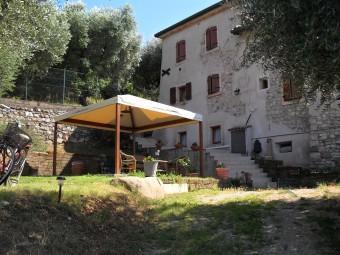 Schöne Fewo Casa Silvia 4 Pers, vacation rental in Torri del Benaco