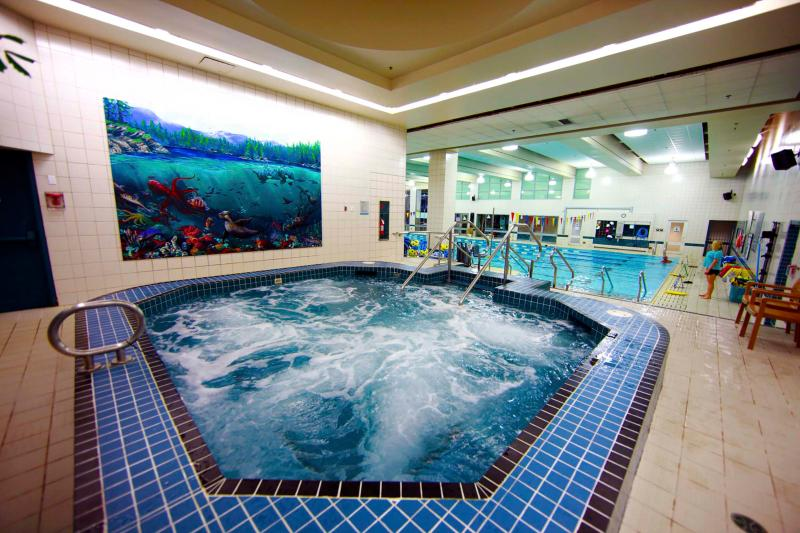 YWCA fitness pool next door. Guests can use this facility for a walk-in fee.