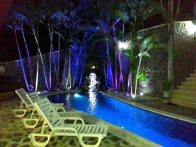 Resort style amenities such as attractive lighting and landscaping classicly accent your stay.