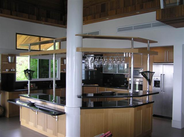 There is a fully fitered out kitchen with all mod cons one would expect, with a breakfast bar.