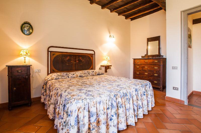 The Nest apartment with private garden, alquiler vacacional en Dicomano