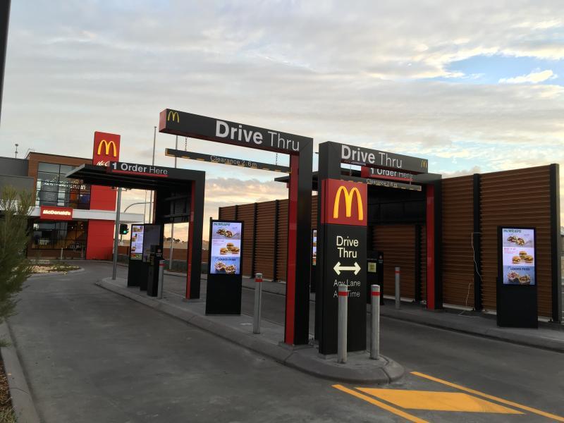 Drivethrough at McDonald, easy and convenient!