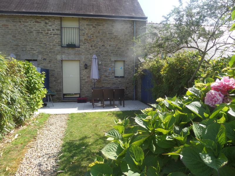 Odet - 3 chambres - jardin et terrasse