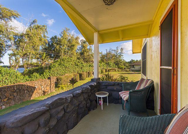 Hibiscus Beach Cottage, Steps to Anahola Bay, TVNC#5067, aluguéis de temporada em Kauai