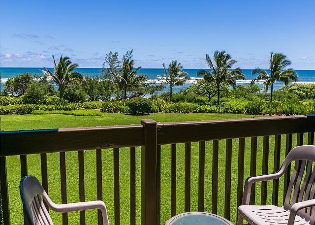 Bedroom Lanai, Oceanfront bliss!
