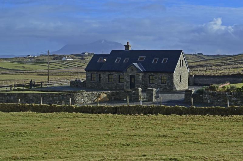 Cottage 147 - Renvyle - Luxury Cottage in Renvyle Connemara, location de vacances à Tully