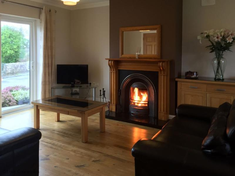 Cottage 502 - Carraroe - 502 - Holiday Lodge Carraroe, vacation rental in Costelloe