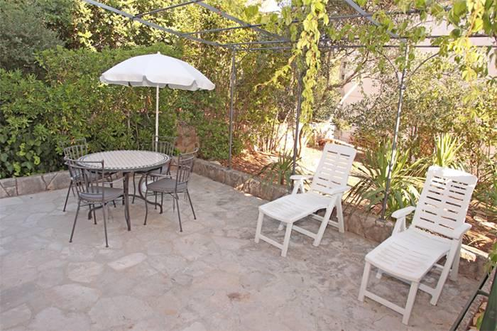 Apartment located in a small town  Vrboska on the northern coast of the island Hvar.