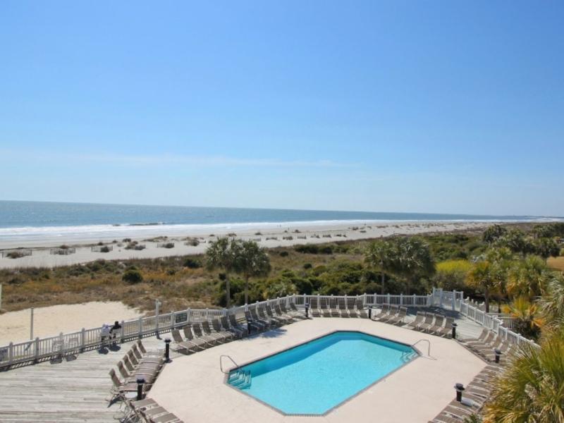 Two Oceanfront Pools on Grand Pavilion Boardwalk!