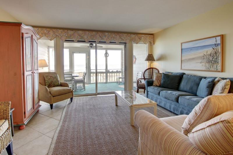 Spacious living room with comfortable seating!