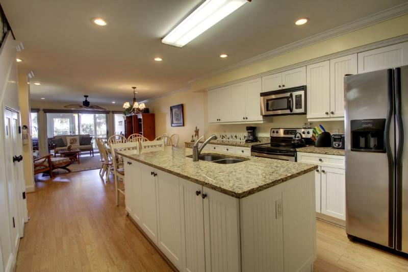 Great kitchen with all the amenties you would need