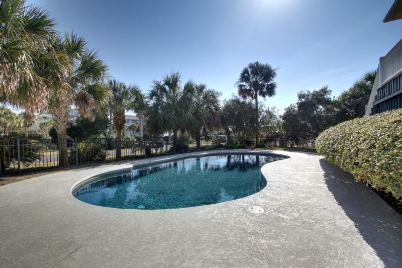 Find your place in the sun at your private pool