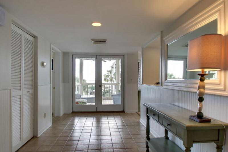 Large Foyer to Welcome You to the Beach!
