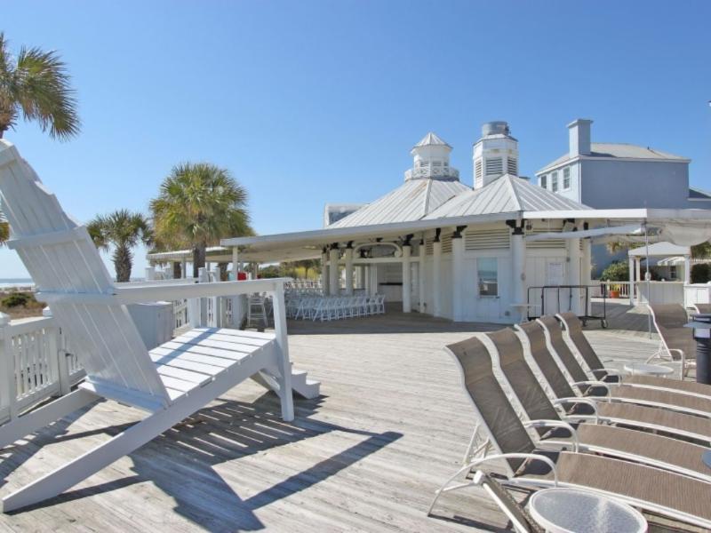 Beach Cafe and Ice Cream Shop, Grand Pavilion!