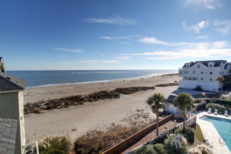 Oceanfront Living At It's Best, 304 A Port O Call!