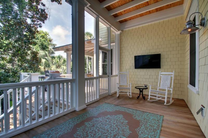 Screen Porch is Perfect Place For A Family Game!
