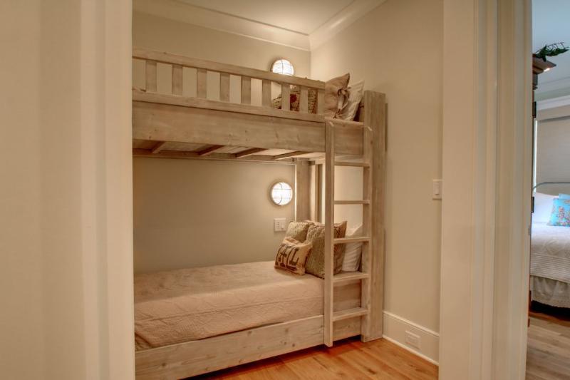 Bonus Built in Bunk Beds, Just Outside Master!