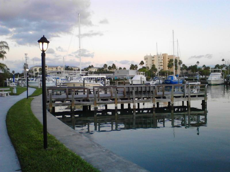 MBYC Marina view of walkway and fishing pier