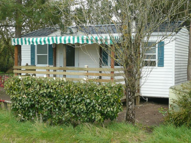 mobil-home dans camping, holiday rental in Donges