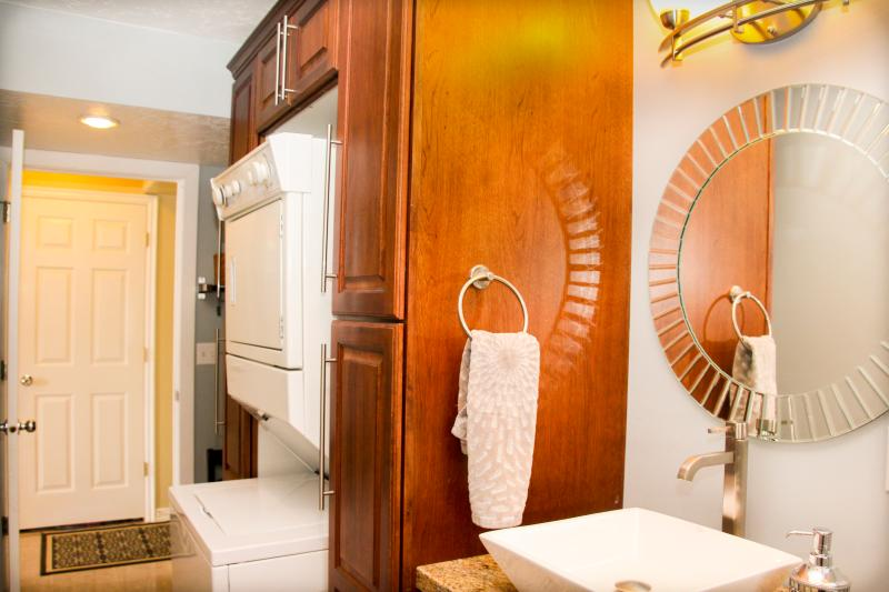 Laundry, mudroom and half bath
