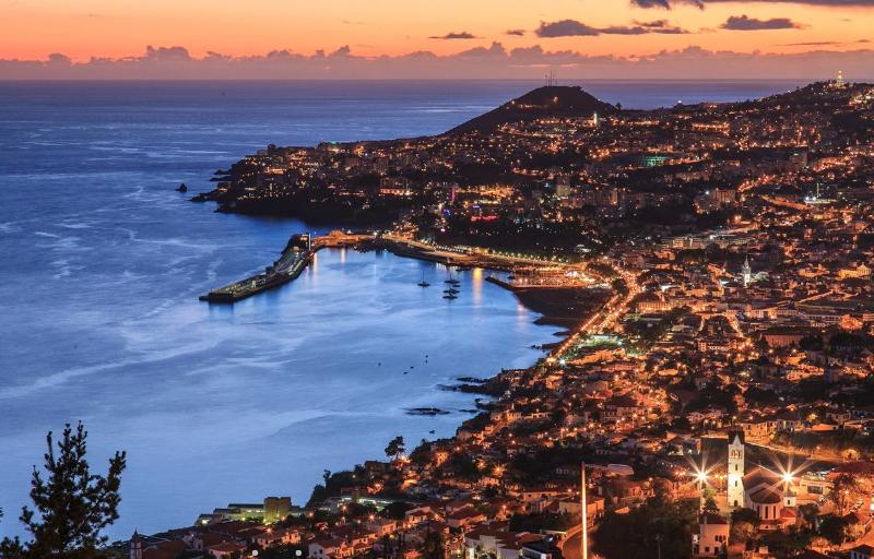 The bay of Funchal view of the São Gonçalo viewpoint.