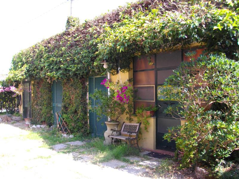 Grazioso miniappartamento a due passi da Pisa e dal mare, alquiler vacacional en Vecchiano