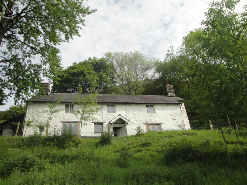 Front view of farmhouse