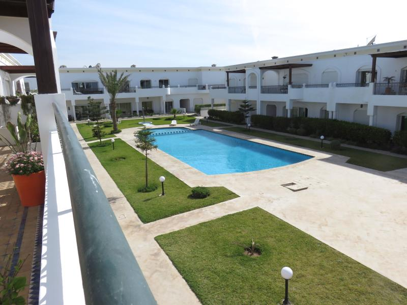 la piscine depuis notre terrasse