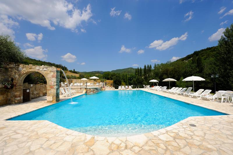 Holiday Apartment Le Querce, holiday rental in San Presto