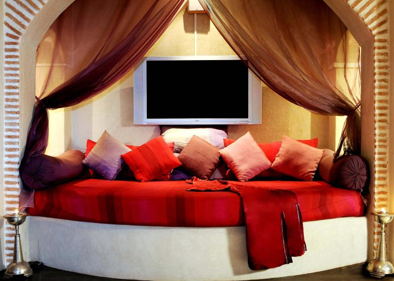 Moroccan style main living room and home entertainment system