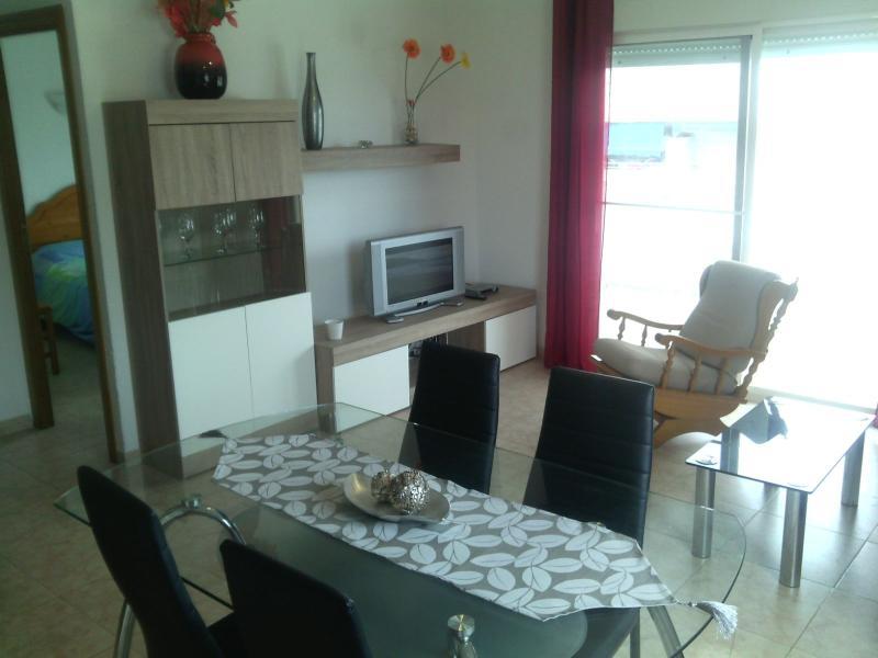Apartamento 2 dormitorios en Playa la Pineda, alquiler vacacional en La Pineda