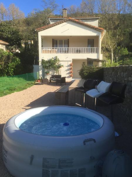 maison belle vie, vacation rental in Cascastel-des-Corbieres