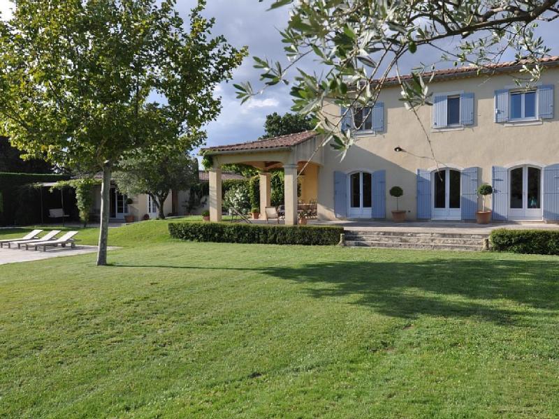 Maison en Provence à 10min d'Avignon, vacation rental in Monteux
