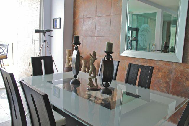Dining table for 6 with ocean view.