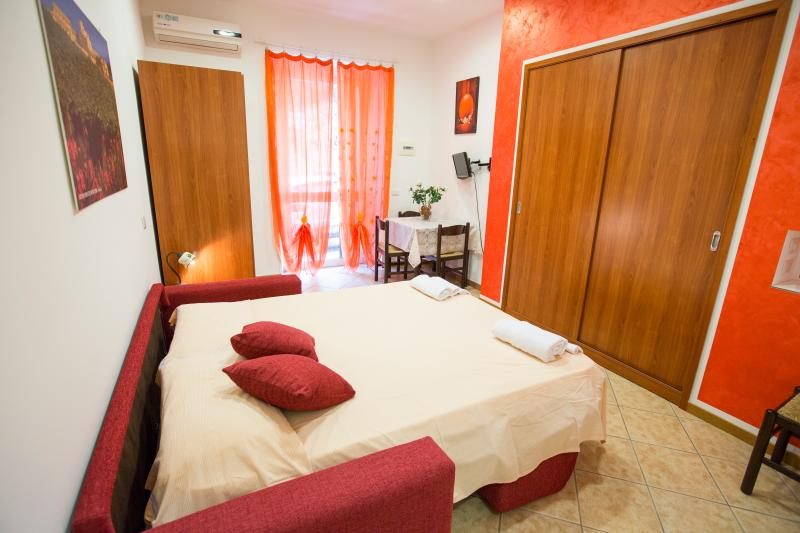 Hortensia House Cefalù, vacation rental in Cefalu