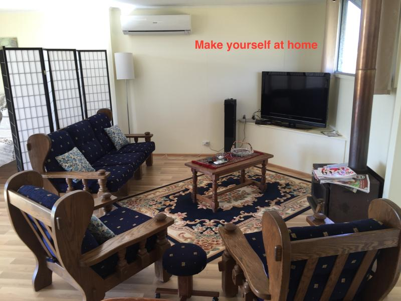 Reverse cycle airconditioning, wide screen TV, DVD, interactive music tower