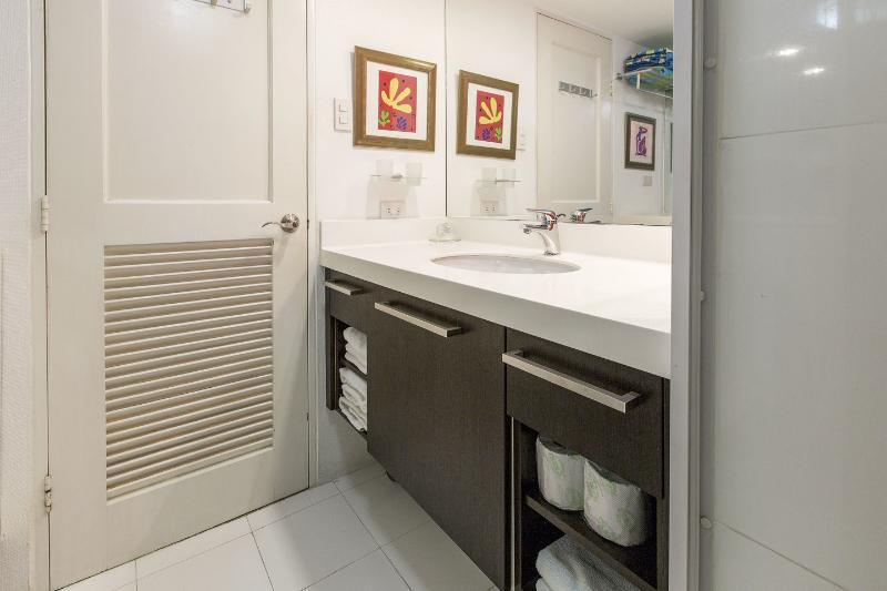 Bathroom vanity counter, artwork accentuation...